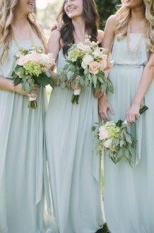 Dusty blue bridesmaid dresses | Leslie Hollingsworth #wedding