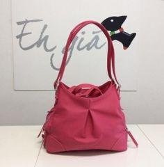 Eh Gia Bag Practical and Stylish Fuchsia Hondendraagtas