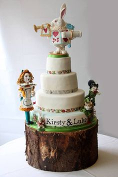 Marvelous Alice in Wonderland Wedding Cake Alice In Wonderland Wedding Cake, 3d Cakes, Festa Party, Just Cakes, Love Cake, Edible Art, 8th Birthday, Tiered Cakes, Cake Designs