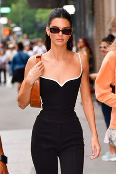 Le Style Du Jenner, Kendall Jenner Outfits, Kendall Jenner Body, Classy Outfits, Trendy Outfits, Fashion Outfits, Looks Street Style, Looks Style, Celebrity Outfits