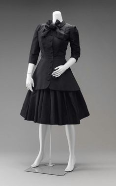 "Woman's ""New Look"" suit  American, About 1950  Norman Norell, American, 1900–1972"