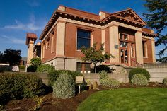 Newberg Public Library (Oregon).  Photo by StuSeeger on flickr.