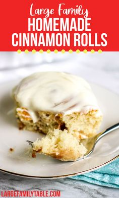 Homemade Cinnamon Rolls with Icing Large Family Meals, Large Families, Sweet Roll Recipe, Homemade Rolls, Thing 1, Cinnamon Rolls, New Recipes, Family Recipes, Baking Ideas