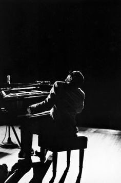 Bill Ray - Ray Charles plays an encore at Carnegie Hall, 1966.