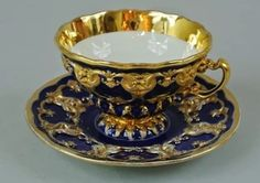 19TH CENTURY MEISSEN CUP AND SAUCER : Lot 2