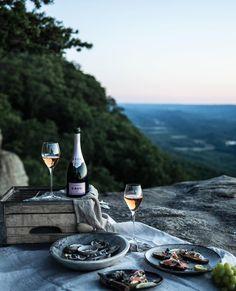 Cliffside picnic with Krug Rosé