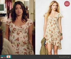 Jane's white floral dress on Jane the Virgin.  Outfit Details: http://wornontv.net/45749/ #JanetheVirgin
