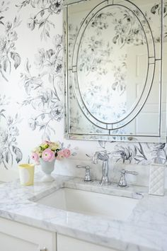 | Home Tour | http://monikahibbs.com  Designers' Guild Watelet Wallpaper