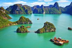 Halong Bay 3-Day Junk Boat Cruise Enjoy more time exploring Vietnam's Halong Bay, one of Vietnam's most spectacular World Heritage listed natural wonders, on this 2-night cruise aboard a junk boat. Dotted with limestone islands in a sea of azure blue water you will cruise the bay, enjoy seafood lunches, dinner, swimming, kayaking (optional) and visit one of the many limestone caves.This three-day cruising itinerary to Halong Bay in Vietnam gives you the best chance to enjoy th...