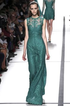 La robe émeraude d'Elie Saab