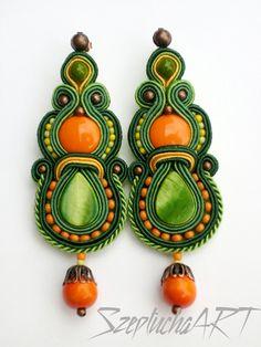 Szeptucha ART - Pracownia Ceramiki i Rękodzieła    ***  Do this as a pin or brooche.