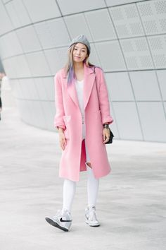 20 Inspiring Street Style Looks from Seoul Fashion Week – Vogue lensed by Alex Finch