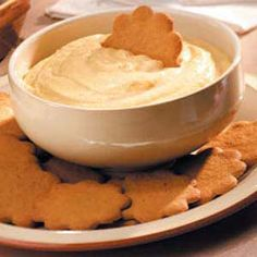 Pumpkin Pie Dip Recipe Ingredients 1 package ounces) cream cheese, softened 2 cups confectioners' sugar 1 cup canned pumpkin cup sour cream 1 teaspoon ground cinnamon 1 teaspoon pumpkin pie spice teaspoon ground ginger Gingersnap cookies Pumpkin Pie Dip, Pumpkin Spice, Canned Pumpkin, Cheese Pumpkin, Sugar Pumpkin, Just Desserts, Delicious Desserts, Yummy Food, Dessert Dips