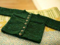 garter yoke baby cardigan (free pattern)
