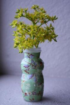DIY Kids Crafts : DIY Recycled Yogurt Cup Bud Vase