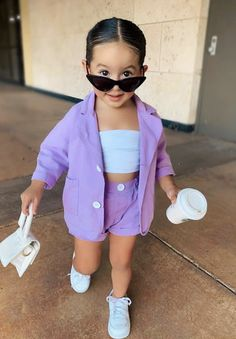 Dyosa Queen G Cute Little Girls Outfits, Toddler Girl Outfits, Baby Girl Dresses, Boy Outfits, Little Girl Style, Little Miss, Cute Kids Fashion, Baby Girl Fashion, Toddler Fashion