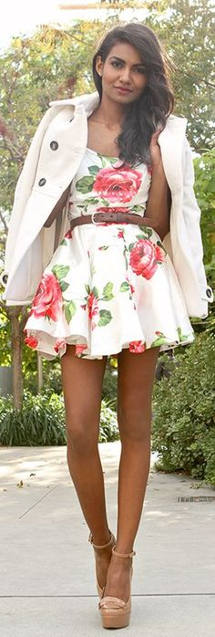 Love this floral mini dress/sundress! Women's teen spring summer fashion clothing outfit for a date
