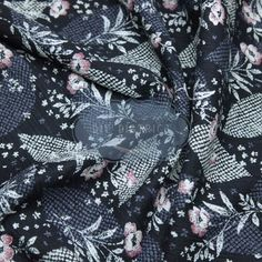 Tissu traditionnel Japonais fleuri