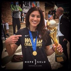 Hope Solo | WorldChampion | WWC | 2015 | USWNT | Trophy |