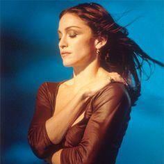 See Madonna pictures, photo shoots, and listen online to the latest music. Madonna Ray Of Light, Madonna Quotes, Divas Pop, Madonna Pictures, La Madone, Top 10 Hits, Madonna 80s, Still Picture, Still Photography