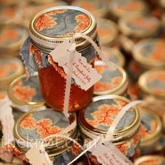 Real DIY Wedding Favors - favours ideas for cheap wedding