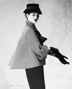 danslemondedemissga:    Marion Cotillard by Jean-Baptiste Mondino for Dior Magazine No.1 (Fall Winter 2012/2013)