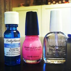"TUTORIAL TUESDAY: Check out how to give yourself a ""fake out shellac"" mani! HERE: http://z1075.com/page/Hannah/1411"