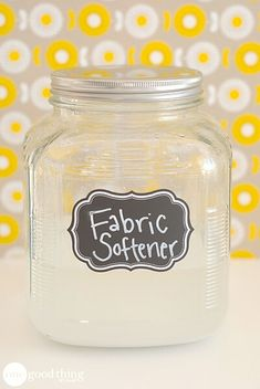 5 Homemade Fabric Softeners · One Good Thing by JilleePinterestFacebookPinterestFacebookPrintFriendly Diy Fabric Softner, Homemade Fabric Softener, Fabric Softener Sheets, Homemade Laundry Detergent, Cleaning Recipes, Homemade Cleaning Supplies, Cleaning Hacks, Organizing Tips, Natural Cleaning Products