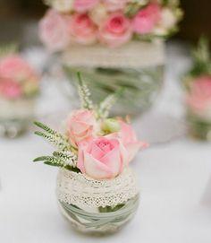 Après les évènements tragiques de la semaine dernière,ces quelques fleurs aux tons pastels comme je les aime pour apporter un peu de douceur...