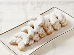 Christmas Cookies, Ranked In Order From Worst To Best -- Walnut Crescents made the YES List! Classic Christmas Cookie Recipe, Best Christmas Cookies, Holiday Cookie Recipes, Cookie Desserts, Holiday Cookies, Dessert Recipes, Christmas Baking, Christmas Recipes, Slovenian Food
