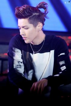 Kris - pinning solely on the gloriousness of his hair!!!!!!!!