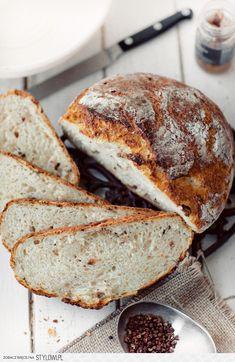 Pyszny chleb z grubą i chrupiącą skórką. Bez wyrabiania… na Stylowi.pl