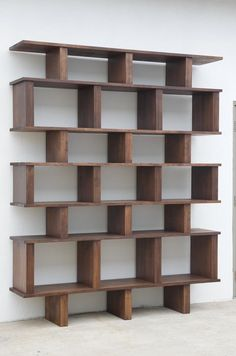 Tall 'Verticale' Shelving Unit by Design Frères - Diseño de estantería