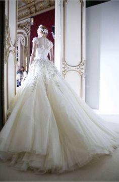 Perfection long backless lace wedding dresses