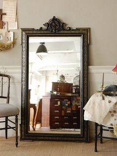 アンティーク 家具 ミラー 鏡 ナーシングチェア ナポレオン3世 ブラック インテリア 部屋  フレンチ フランスantique french mirror interior furniture room Napoleon III coordinate