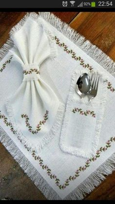 Will be able to sew from linen fabric with pleasure, easy and stylish design will make your dining room smoother. Ribbon Embroidery, Embroidery Stitches, Embroidery Patterns, Cross Stitch Patterns, Canvas Template, Diy And Crafts, Arts And Crafts, Bargello, Cross Stitch Flowers