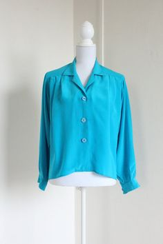 100% Silk Blue 80's Blouse US size 6 Fenn Wright & by 7amVintage