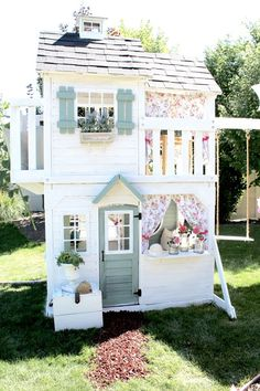 Best Mom Ever Creates World's Cutest Playhouse For Her Daughter - When Chelsi Allen of May Me and Mom spotted a playset her mother& neighbor was selling, she i - Backyard Playhouse, Build A Playhouse, Playhouse Ideas, Kids Swingset Ideas, Playhouse Decor, Costco Playhouse, Painted Playhouse, Inside Playhouse, Playhouse With Slide