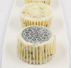 Oreo cookies & cream cheesecakes