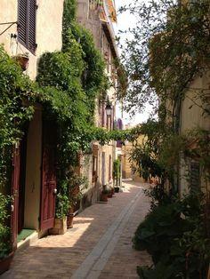 Village streets-FleaingFrance