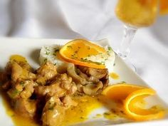 Rata cu portocale si ghimbir Thai Red Curry, Carne, Breakfast, Ethnic Recipes, Food, Chicken, Salads, Morning Coffee, Meal