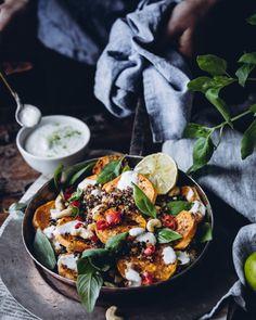 Thaimaalainen paistettu kvinoa ja paahdettua bataattia (V, GF) – Viimeistä murua myöten Vegetarian Recipes, Healthy Recipes, Healthy Meals, Healthy Cooking, Paella, Food And Drink, Veggies, Gluten Free, Asian