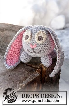 Bunny for Easter or whenever. Free Pattern