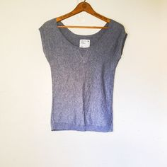 ☀️$19 TODAY☀️AEO Gray Off Shoulder Shirt Brand: American Eagle Outfitters Size: XS Color: Gray  This top is in great condition as it has only been worn once. It features short sleeves and a wide-neck design, allowing you to wear it off the shoulder if you so choose. The color and texture is that of a lightweight sweater however it is short-sleeved so it is like getting the best of both worlds!   No trades. Please refrain from asking.  Negotiations will take place via the 'Offer' button ONLY…