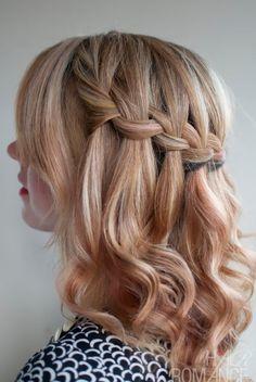 横から見たWaterfall Hair(ウォーターフォールヘア)。ミディアムヘアから充分に楽しめるアレンジです。