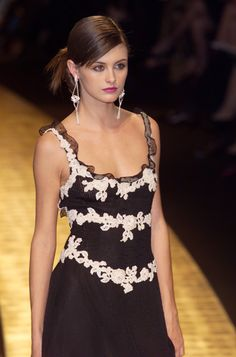 Valentino Couture Spring 2001