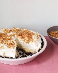 Coconut Cream Pie with Chocolate Crust. This twist on a diner classic features a chocolate crust. Coconut stars in the crust, filling, and topping. Toasting the coconut topping gives it a rich, nutty flavor and crunchy texture. Cream Pie Recipes, Tart Recipes, Dessert Recipes, Asian Recipes, Sweet Recipes, Crumble Pie, Chocolate Wafer Cookies, Chocolate Custard, Chocolate Cream