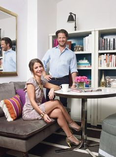 How to Make a Small Place Feel...Big! Big Style on the Cheap Celeb decorator and oprah regular Nate Berkus used smart styling (and his hsn collection) to transform his 29-year-old sister Marni Golden's one-room New York City apartment into a chic home for entertaining. Keep reading for his genius tips for spaces of all sizes.