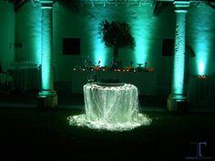 Tavolo sposi luminoso