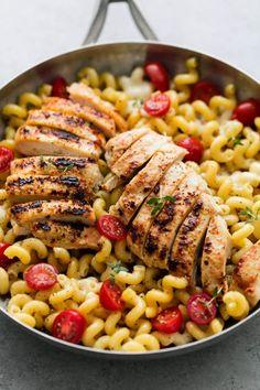 Caprese Chicken Pasta: Go ca-prazay!